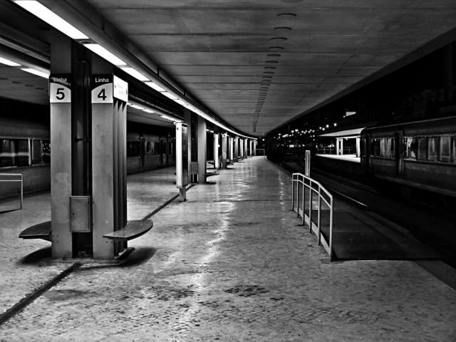 Andrea-Palla-Lisbona-stazione-1